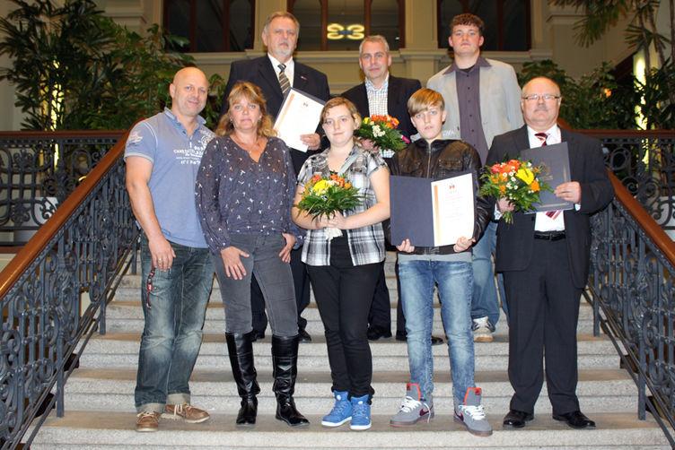 Gruppenbild der Sieger des Umweltpreises Magdeburg 2013 (Foto: Stadt Magdeburg)